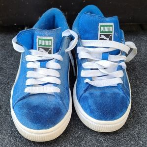 Puma  blue and white runners